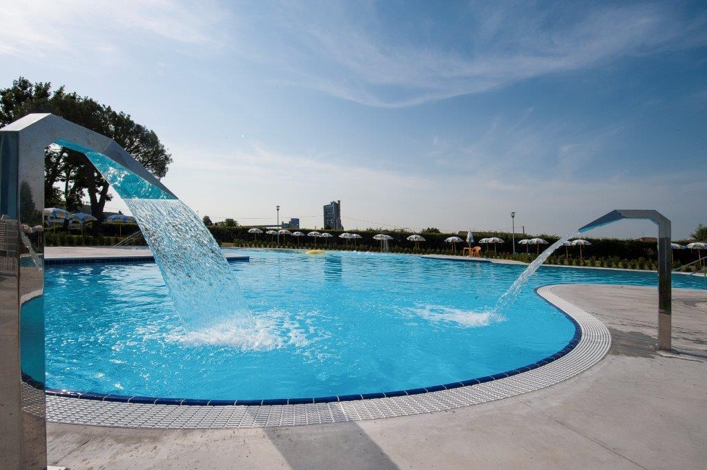 Piscine Castiglione-Myrtha Pools per il Centro Natatorio di Calusco D'Adda