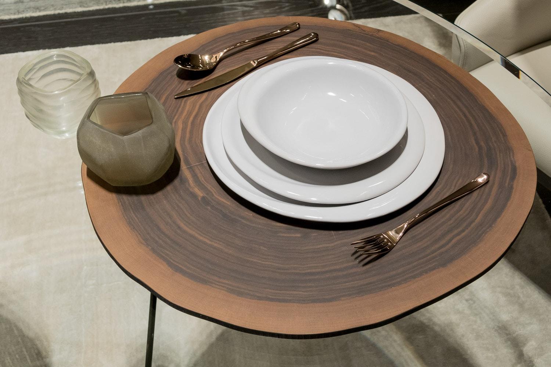 Interni stile stili a tavola nutrirsi con il design natuzzi 28 ottobre interni magazine - Tavola valdese progetti approvati 2015 ...