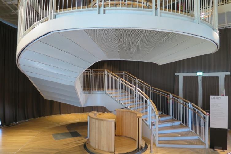 Una scala su misura per il nuovo Unicredit Pavillon di Milano