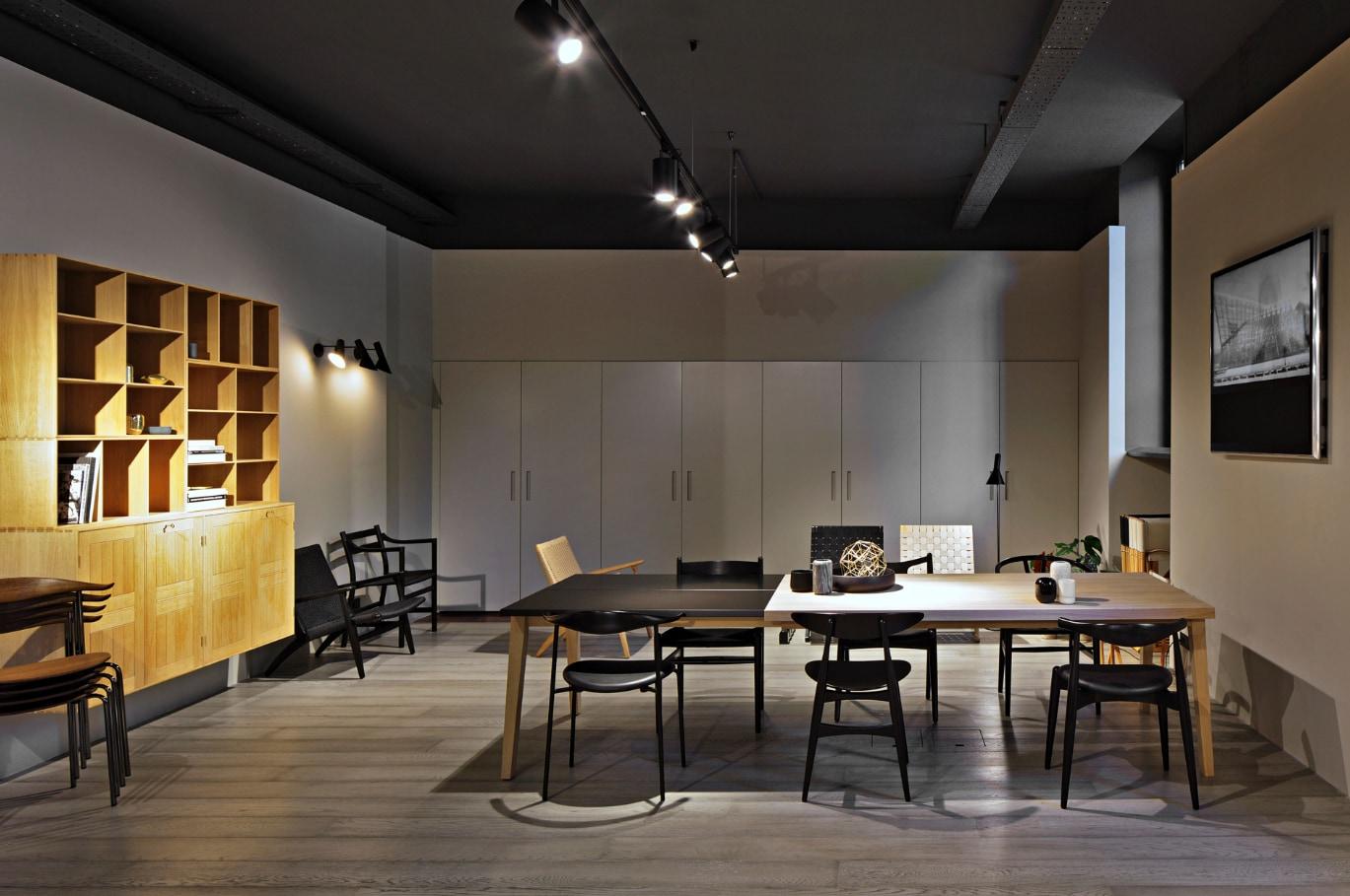 thonet apre il primo pop up caf a vienna interni magazine. Black Bedroom Furniture Sets. Home Design Ideas