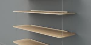 Libreria appesa, design Achille con Pier Giacomo Castiglioni