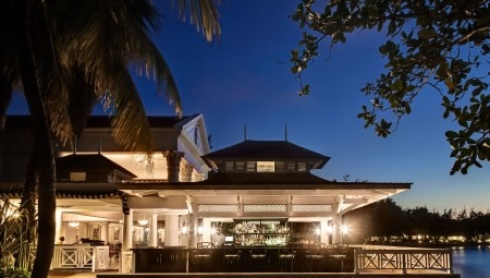Half-Moon-Preferred-Hotels-Resorts