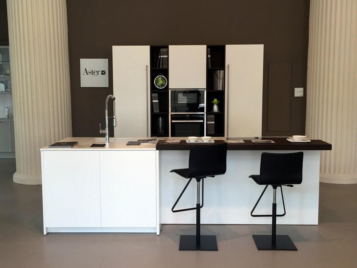 Nuovi showroom per Aster Cucine – Interni Magazine