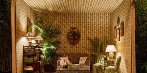 "Russian Living Room styled by Nathalie Farman-Farma; mostra ""Corian® Cabana Club"" (Milano, 3-9 aprile 2017); foto Filippo Pincolini."