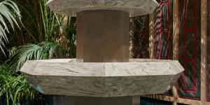 """The Spring Fountain styled by Martino Berghinz; mostra """"Corian® Cabana Club"""" (Milano, 3-9 aprile 2017); foto Filippo Pincolini."""