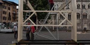 Fasi del montaggio di Pavilion.