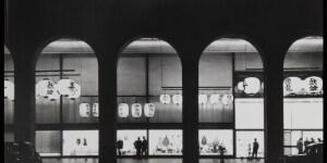 """Roberto Sambonet, Vetrina """"primavera in tutta la rinascente"""", 1957, CASVA Centro di Alti Studi sulle Arti Visive, Milano"""