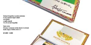 Foto del lotto 1, un pezzo speciale che Giulio Ceppi ha affidato a Finarte e che verrà battuta all'asta il 31 maggio. Anche il ricavato di questa opera verrà devoluto interamente al progetto, così come il ricavato delle opere che compongono l'installazione alla Triennale e che verranno messe all'asta singolarmente. La foto, tratta dal catalogo di Finarte, include un dettaglio dell'opera site specific dell'artista Daniel Buren, realizzata per la XII Bienal de La Habana