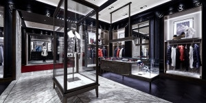 MONCLER FLAGSHIP STORE HONG KONG HARBOUR CITY (3)
