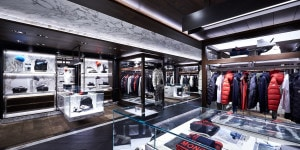 MONCLER FLAGSHIP STORE HONG KONG HARBOUR CITY (4)