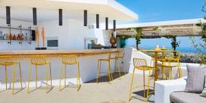 Pyrgos Restaurant_Santorini_Pedrali_ph credits Antonis Eleftherakis photography (16_low)