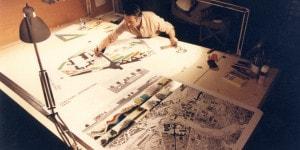 Cesare Leonardi al lavoro, 1982. Courtesy Archivio Architetto Cesare Leonardi