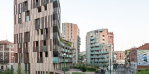 Cino Zucchi Architetti - CZA: edificio residenziale La Corte Verde, Milano (Italia), 2006/2013.