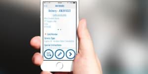 What3Wards è una app, progettata da Chris Sheldrik e Giles Rhys Jones, che offre un rivoluzionario 'addressing system' in grado di dare un indirizzo alle persone che nel mondo non hanno fissa dimora.