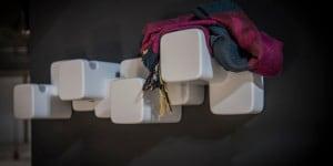 Multicube: originale appendiabiti formato da cubi, che è anche decorazione d'arredo