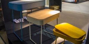 Nexting Table: serie di tavolini in tre differenti altezze e colori per avere piani d'appoggio funzionali e condivisibili; permettono anche di riporre i propri oggetti quali un portatile o un album da disegno nel top-contenitore che si apre come una valigia.