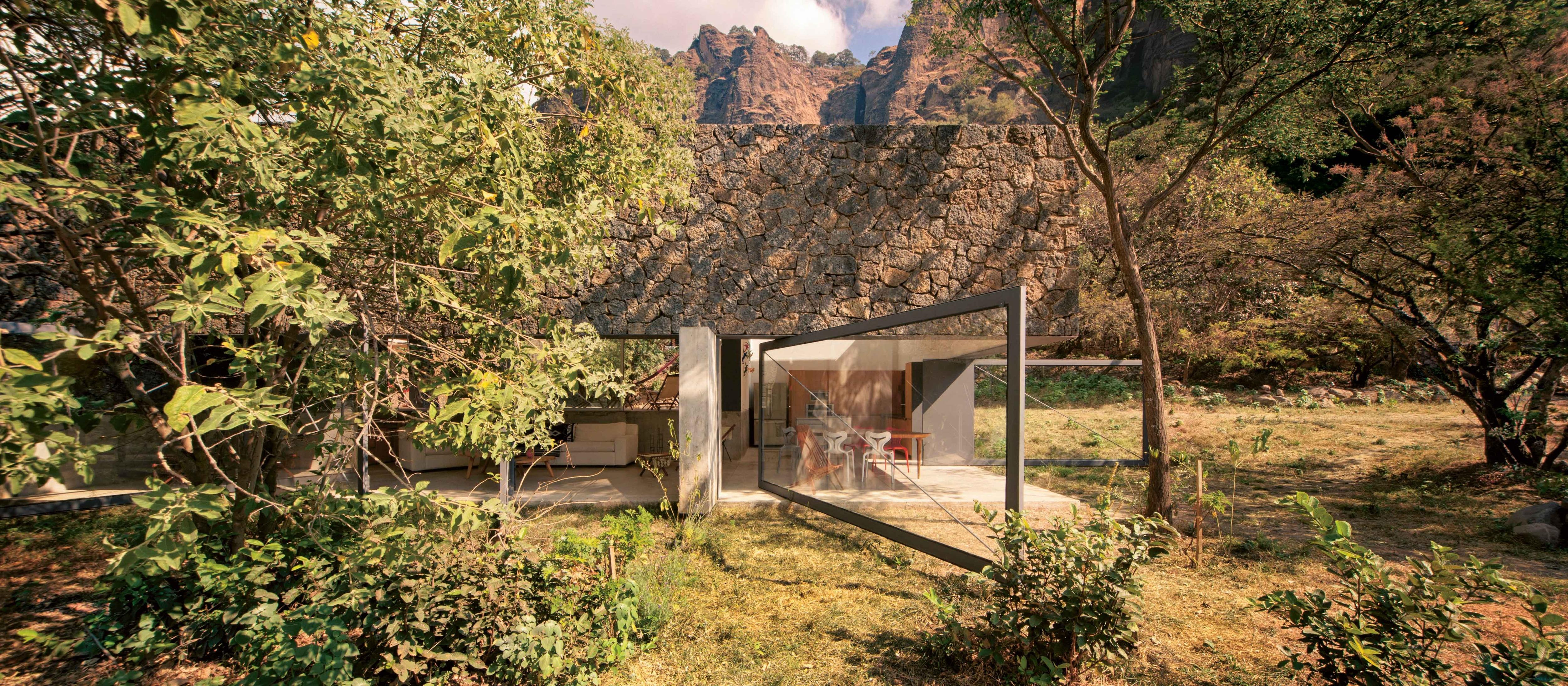 La Casa Nella Roccia.La Casa Nella Roccia Interni Magazine