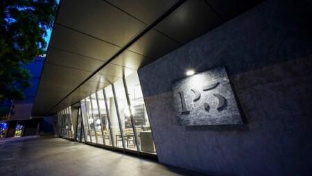 MolteniC Dada Singapore Flagship Store 01_HR