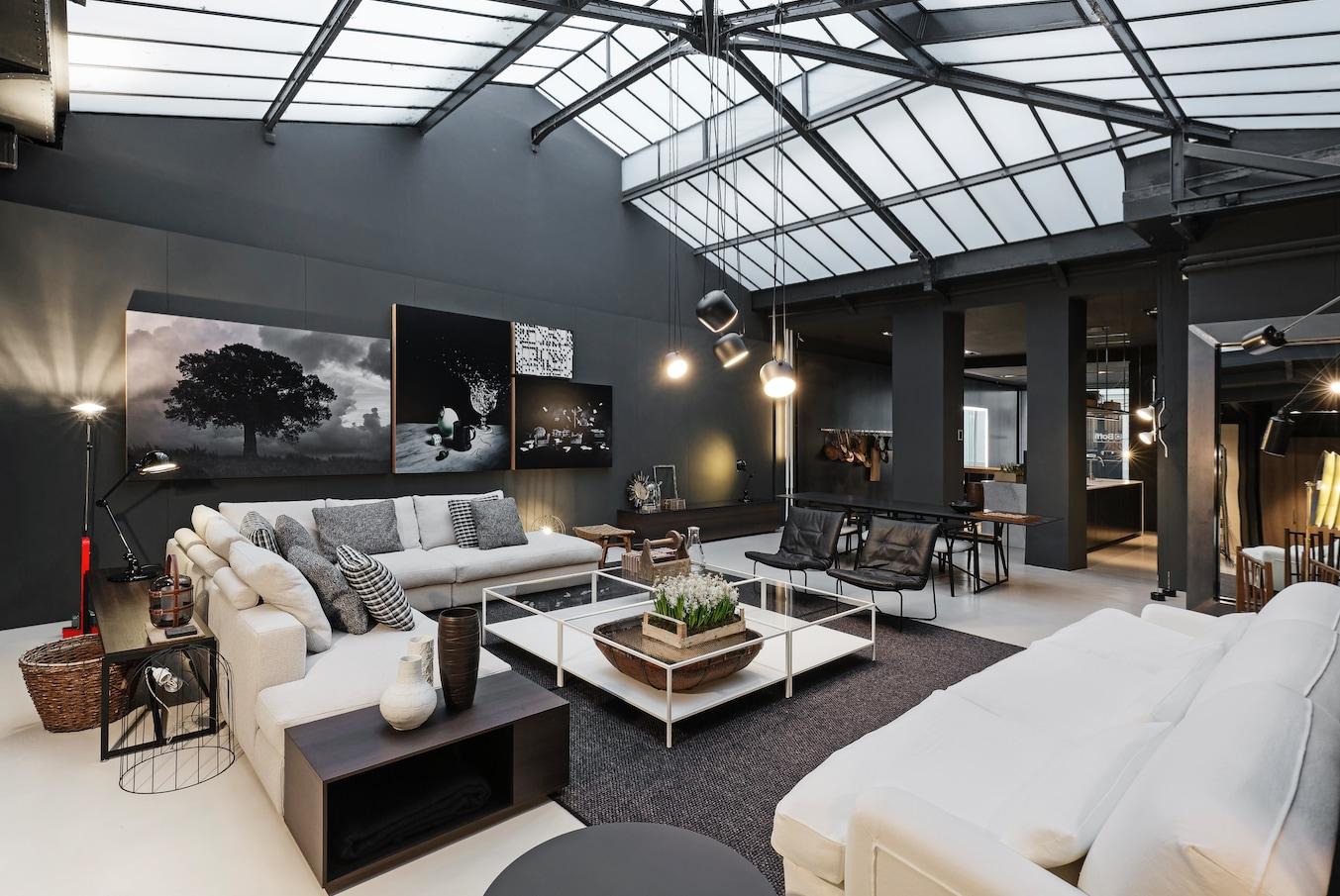 woolrich a milano riccieri e cappelli. Black Bedroom Furniture Sets. Home Design Ideas