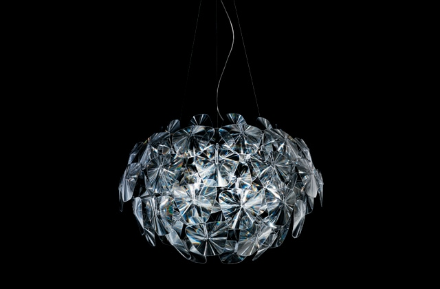 La lampada Hope di Luceplan si aggiudica il Premio dei Premi per l'Innovazione