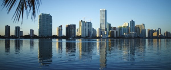 Huntonit-Design-Miami-Skyline