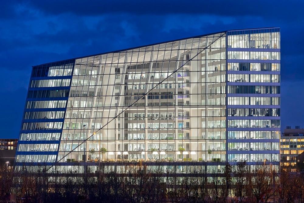 Philips illumina di nuova luce The Edge ad Amsterdam