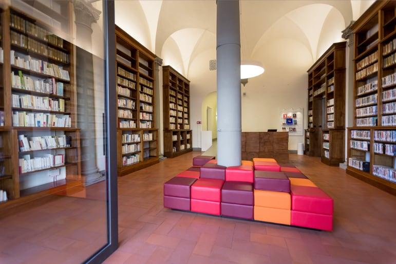 Una nuova biblioteca/mediateca all'Institut Français Firenze progettata da BG Architetti