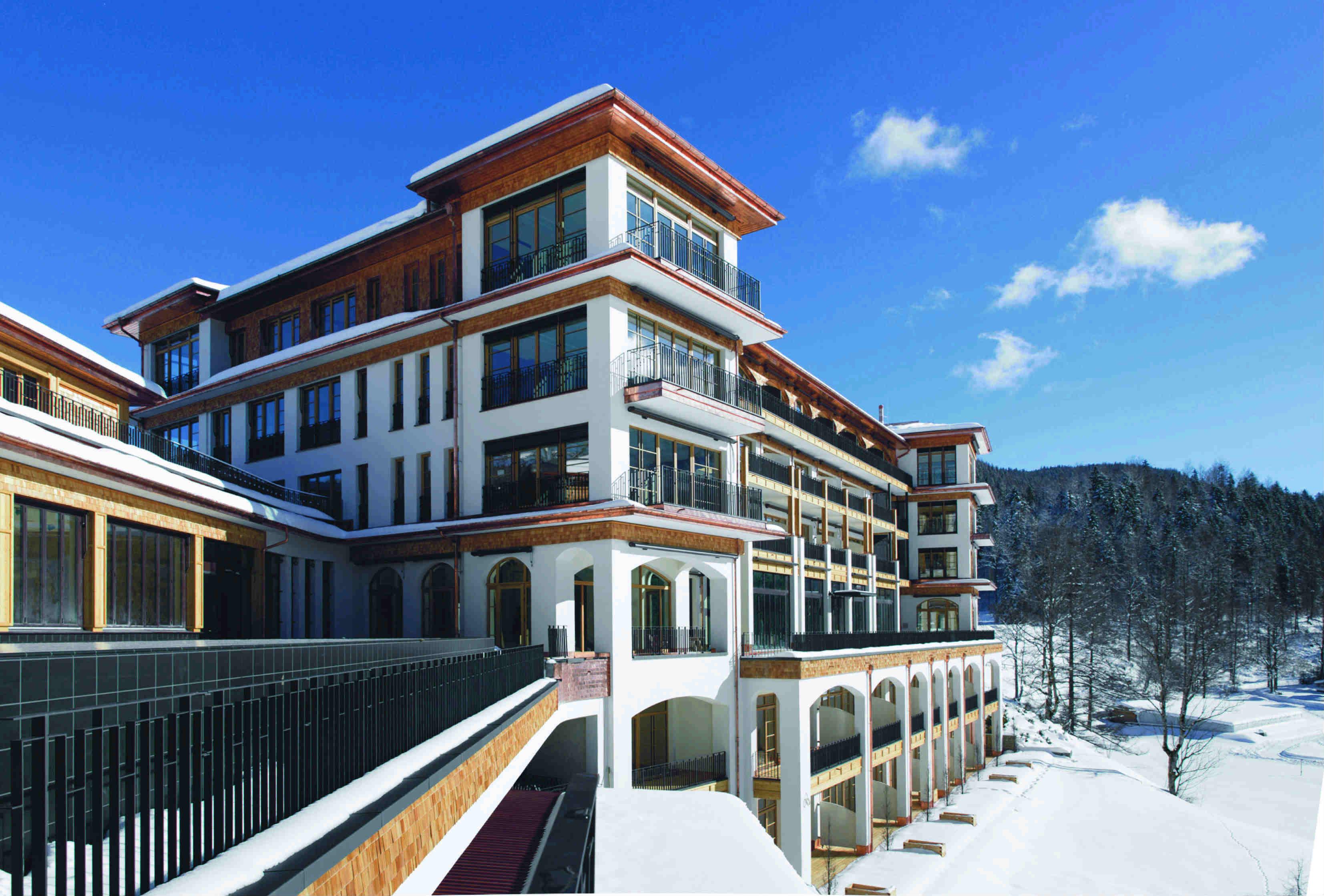 Lo Schloss Elmau Retreat sceglie le vasche Meisterstück di Kaldewei