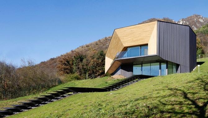Una casa ecologica in Tecu® Oxid