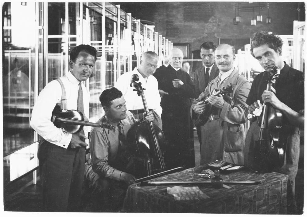 1937, Cremona celebra il mito: Stradivari e la Vittoria Alata