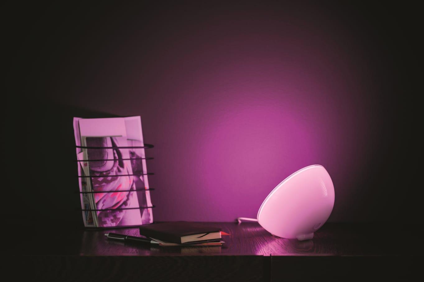 Philips hue Go, la luce più versatile della casa