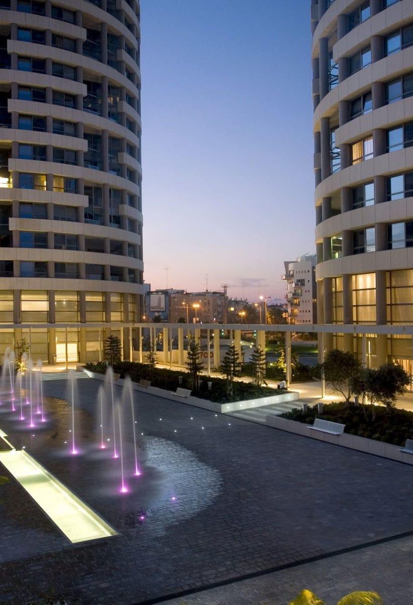 Giochi di luci a Tel Aviv
