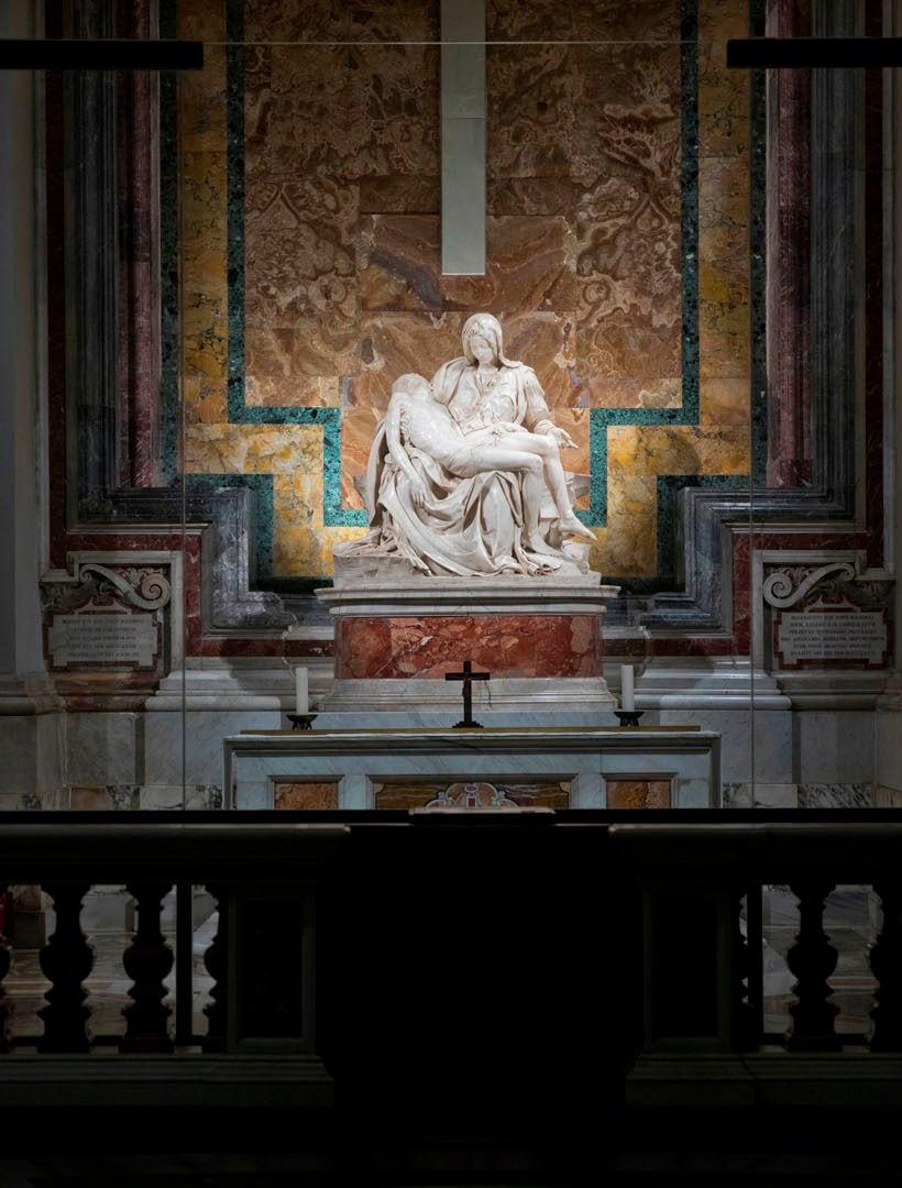 Luce e Pietà