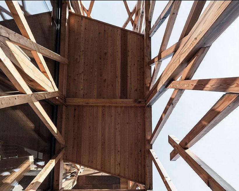 La casa dalle stanze sospese