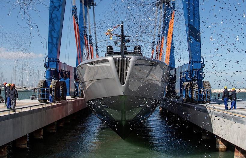 Superyacht in alluminio