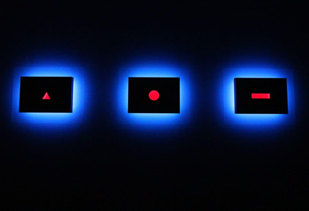 01_Exhibition view, Nanda Vigo, Palazzo Reale, Milano, 2019, Trilogia, Light progressions, omaggio a G. Ponti L. Fontana P. Manzoni, 2