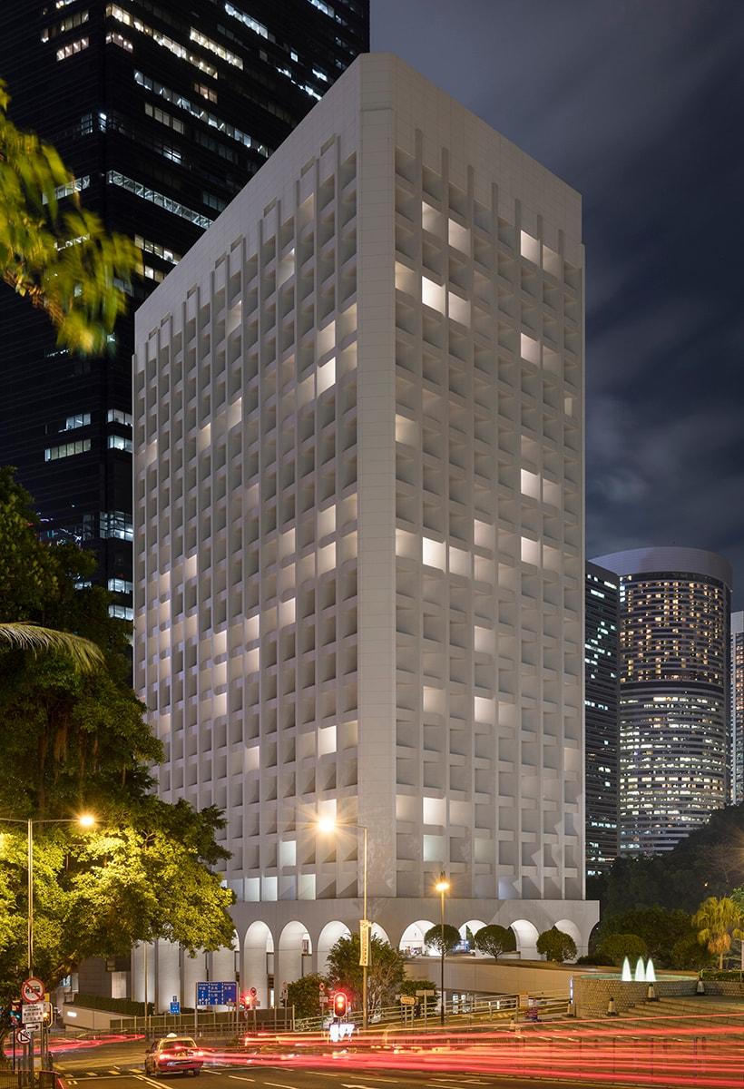 Foster+Partners: riabitare un landmark