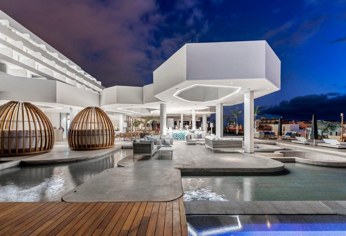 01_Hotel Royal Hideaway Corales Suites_ph Maxim Deknock