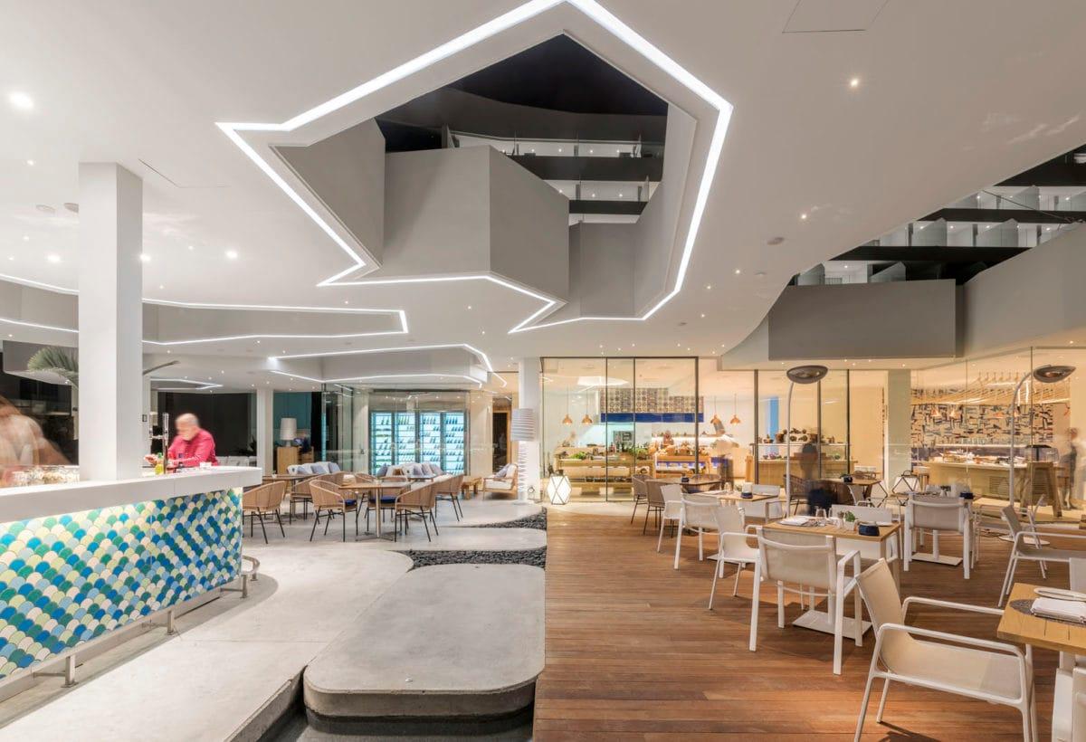 02_Hotel Royal Hideaway Corales Suites_ph Maxim Deknock