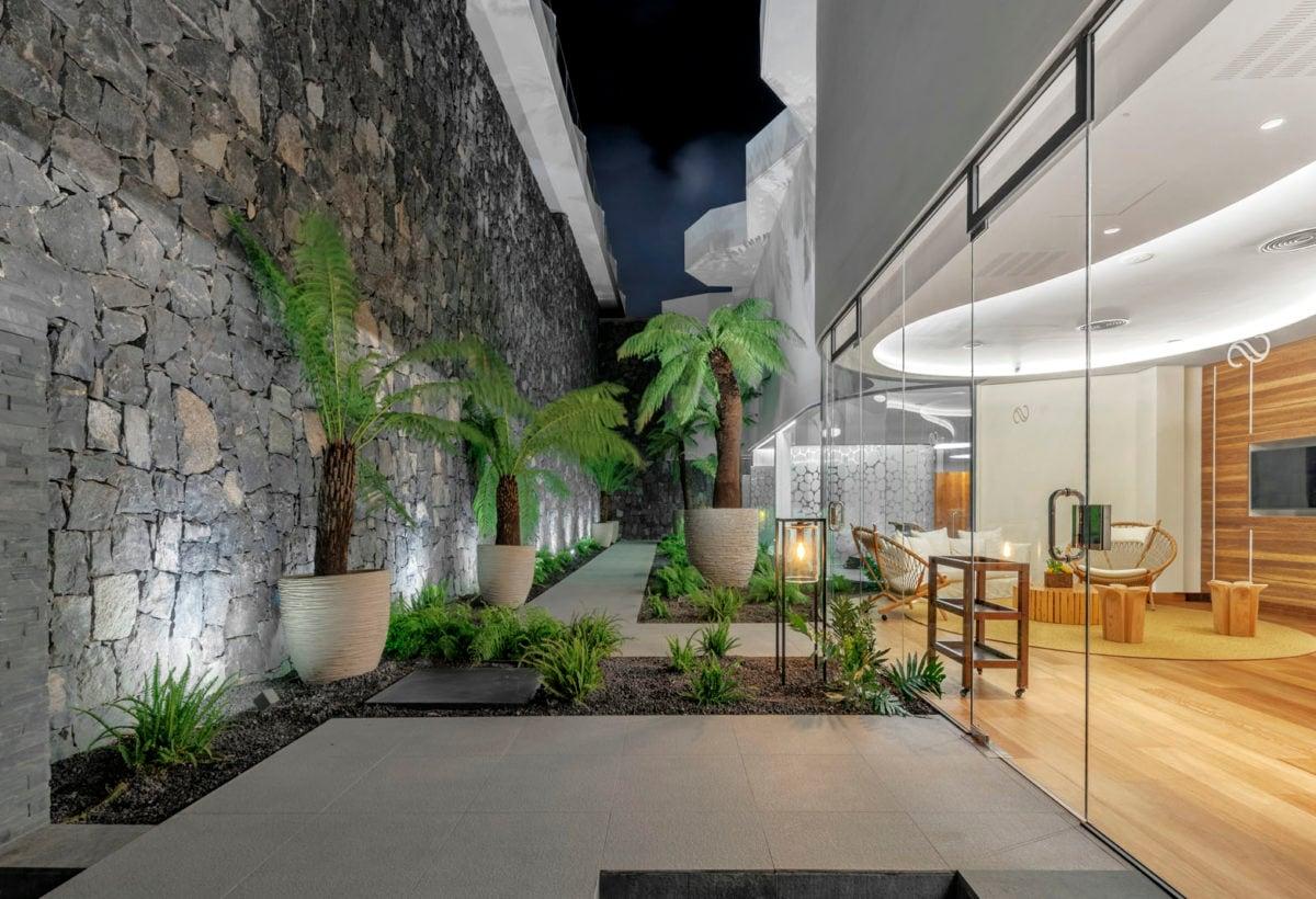 06_Hotel Royal Hideaway Corales Suites_ph Maxim Deknock