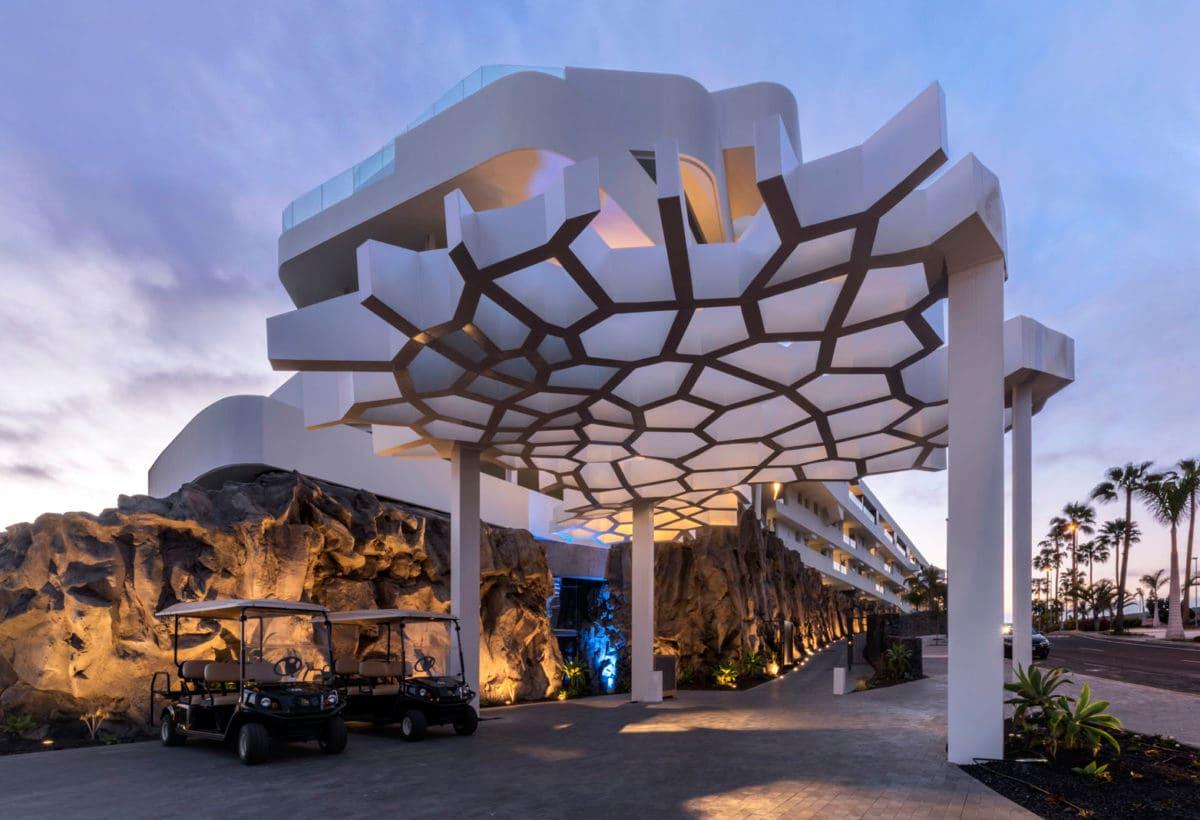 07_Hotel Royal Hideaway Corales Suites_ph Maxim Deknock