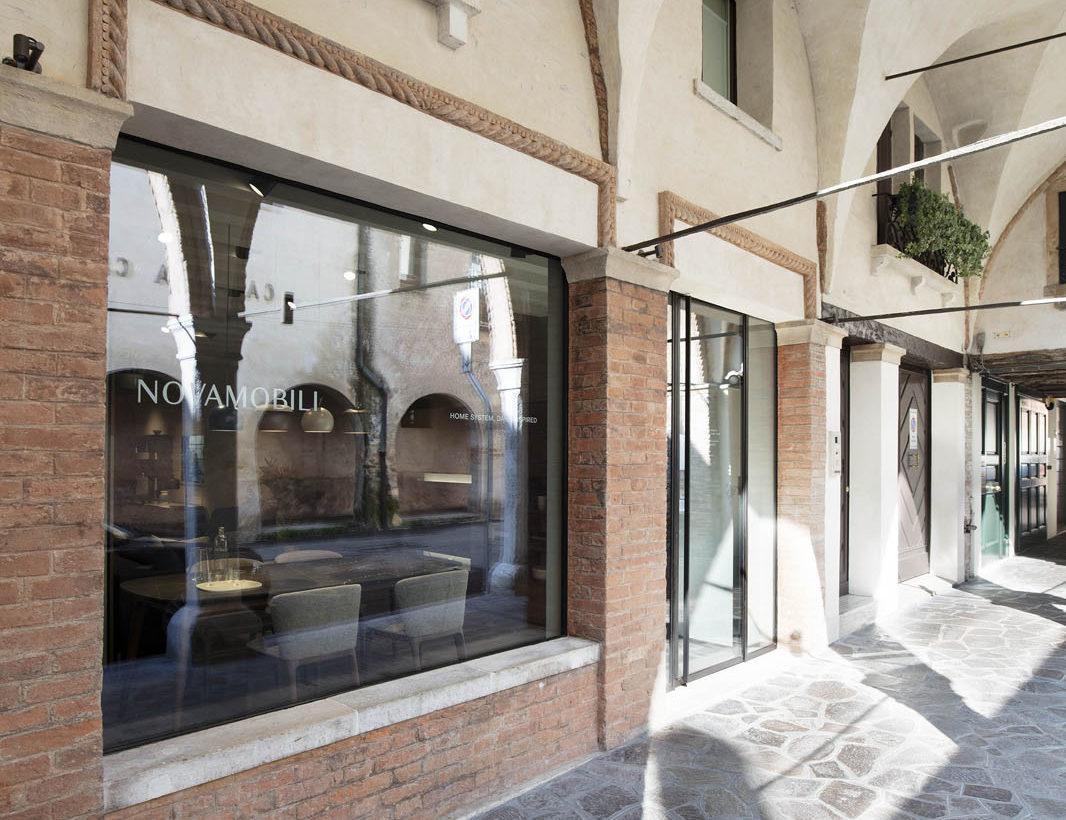 Nuovo flagship store Novamobili_Treviso_1