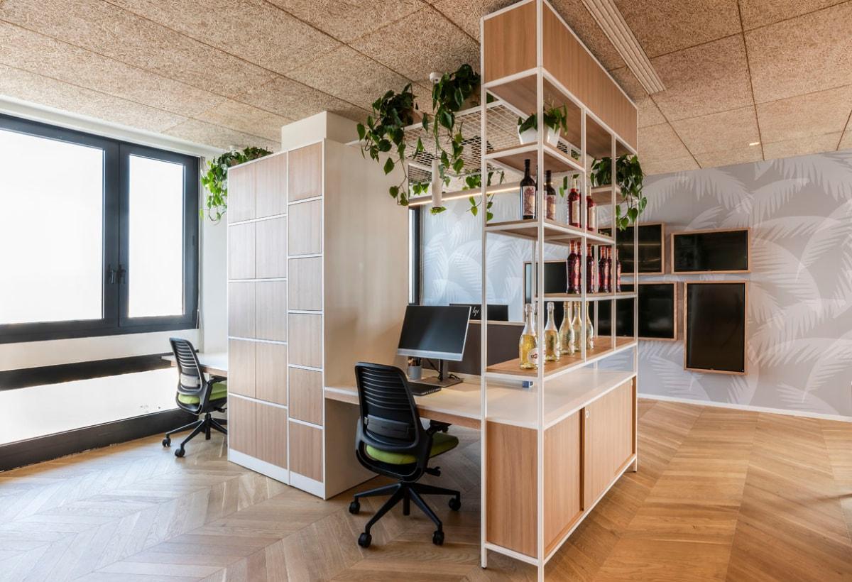 il-prisma-bacardi-office-design-desk