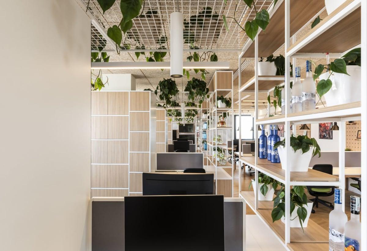 il-prisma-bacardi-office-design-desk-series-custom