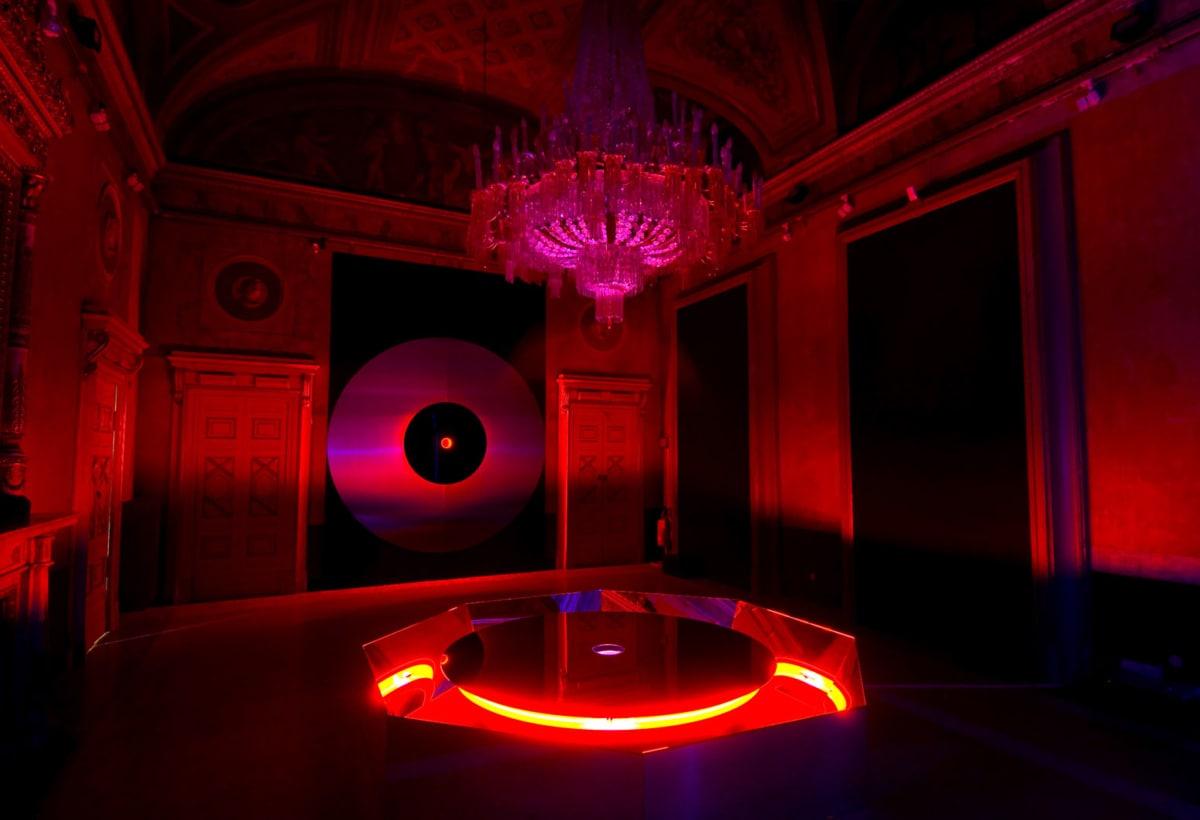 2007_Nanda Vigo, Genesis Light, installation view, Palazzo Crivelli, Galleria Calvi-Volpi, foto Gabriele Tocchio