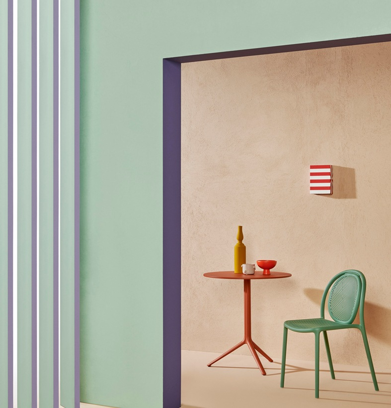 Pedrali_Remind chair_Eugeni Quitllet_art direction Studio FM_photo Andrea Garuti_low