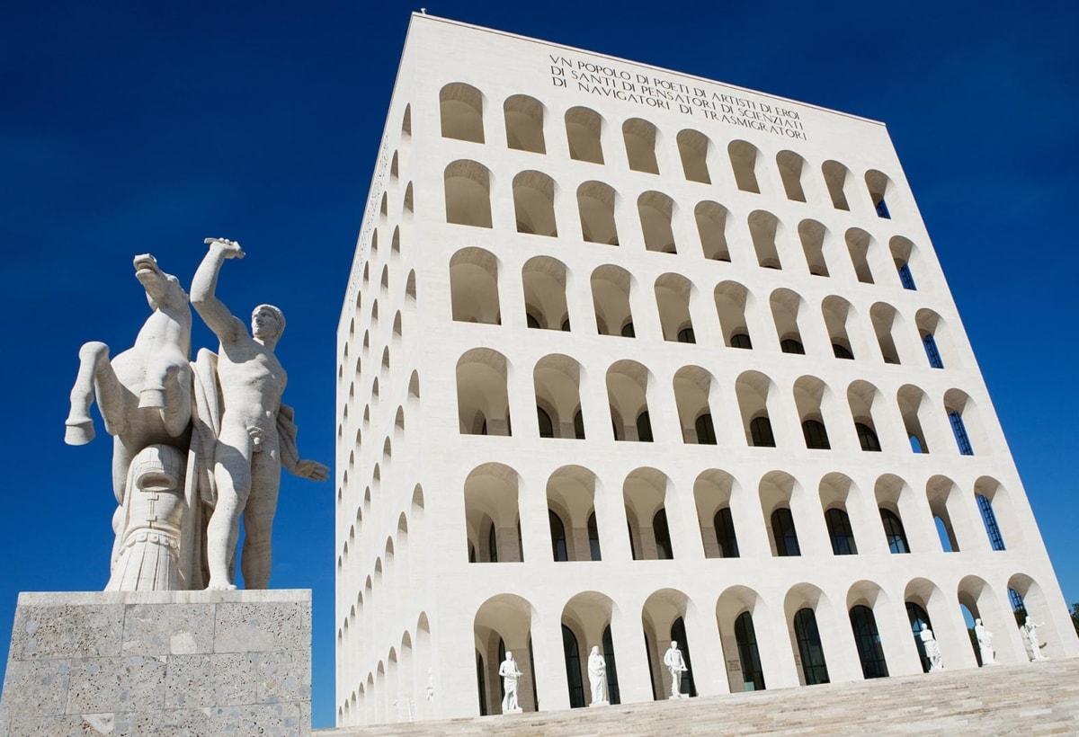 Palazzo civiltà italiana credits Fendi