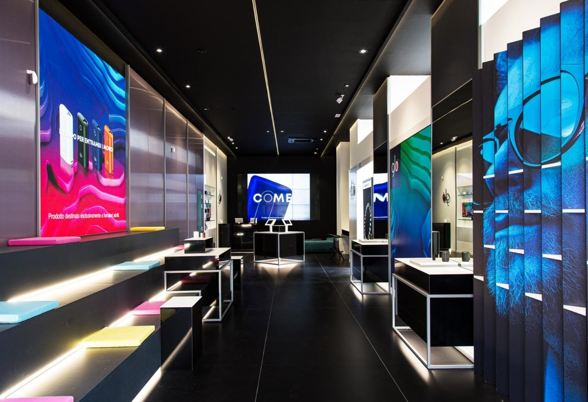 glo flagship store_1