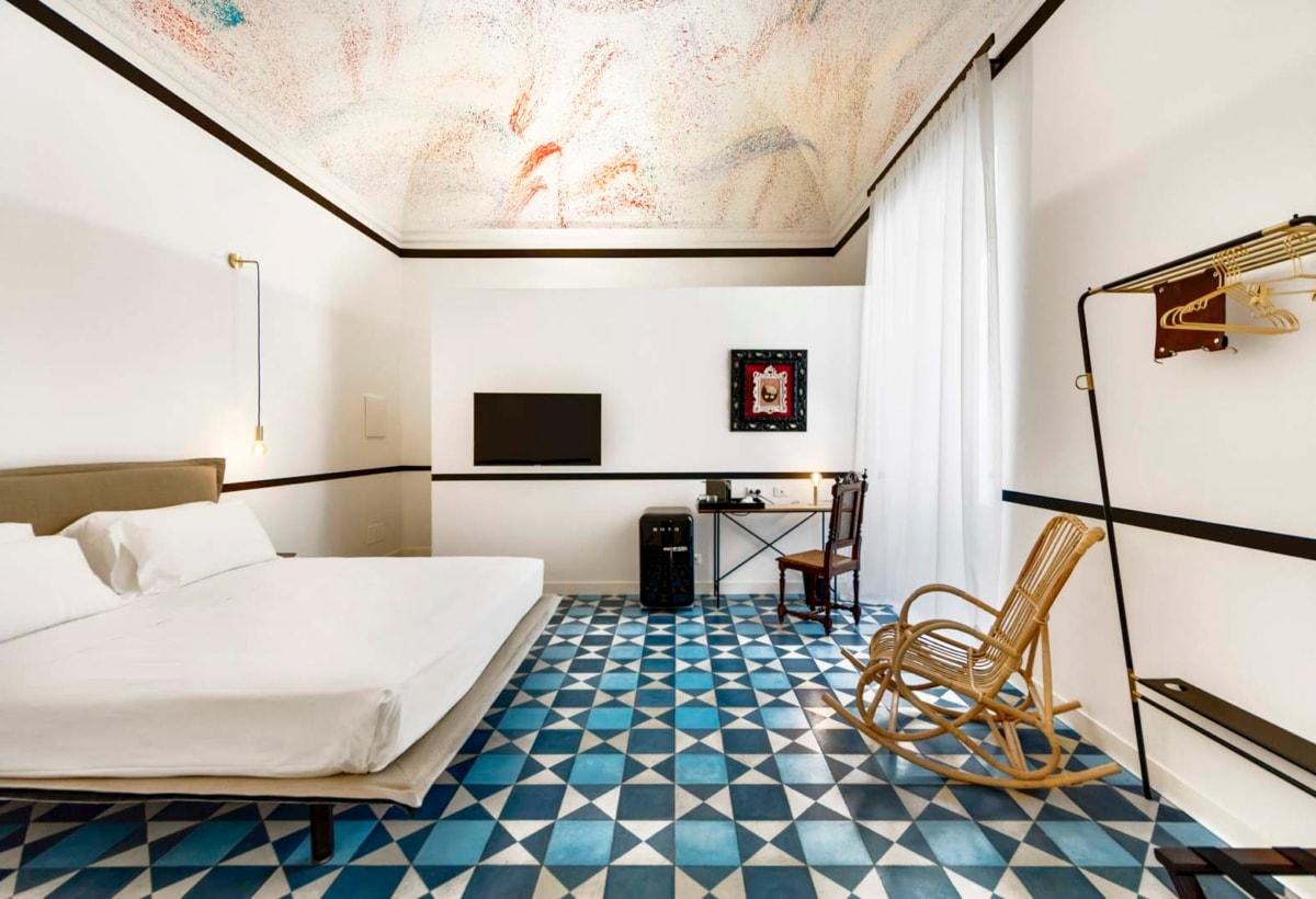 Camera Donna Vittoria foto luxury hotel Gianfranco Guccione