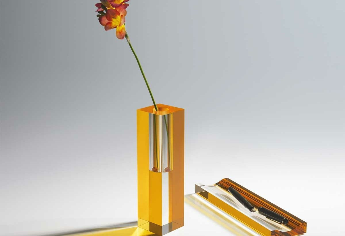4–MONOMIO-Andante-vase-and-tray-accessory-bt The-Circles_